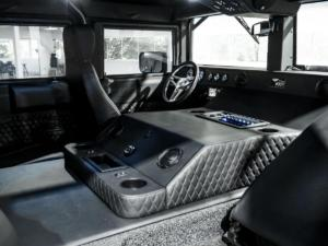 Hummer H1 von Mil-Spec Automotive