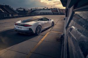 Novitec McLaren GT Sportwagen Tuning Carbon Bodykit Felgen Tieferlegung Leistungssteigerung Abgasanlage Interieurveredlung