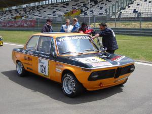"Mit seinem ""Tigger""-Gruppe 2-Rennwagen starteten Michael Cahselunter anderem in der Youngtimer Trophy."