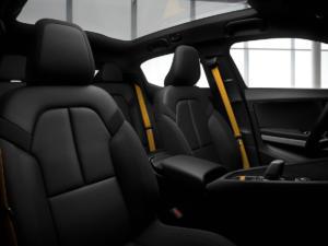 Polestar 2 Neuheit Elektroauto Crossover Fließheck-Limousine Premiere Genfer Autosalon 2019