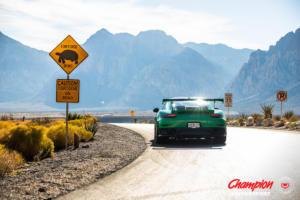 Porsche 911 GT2 RS Champion x Vossen Forged RS74 Schmiederäder Tuning Sportwagen Felgen