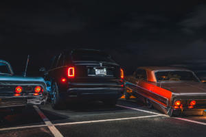 Rolls-Royce-Cullinan-Luxus-SUV-in-Los-Angeles-automobile-Subkultur-Nacht-2