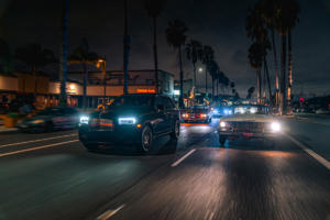 Rolls-Royce-Cullinan-Luxus-SUV-in-Los-Angeles-automobile-Subkultur-Nacht-3