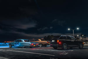 Rolls-Royce-Cullinan-Luxus-SUV-in-Los-Angeles-automobile-Subkultur-Nacht-4