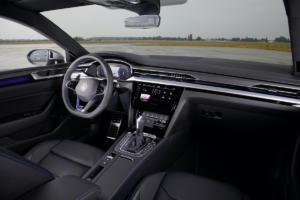 VW Arteon R Facelift Neuheit Viertürer-Coupé Vorstellung
