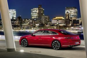 VW Arteon R-Line Facelift Neuheit Viertürer-Coupé Vorstellung