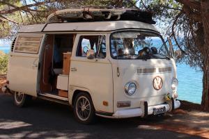 Yescapa Carsharing Vermietung Urlaub im VW Bulli Benjamin Marseille